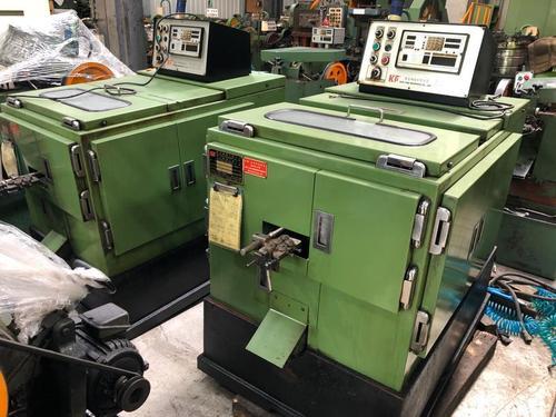 #851-1Gwo Ling M3x24 Heading Machine