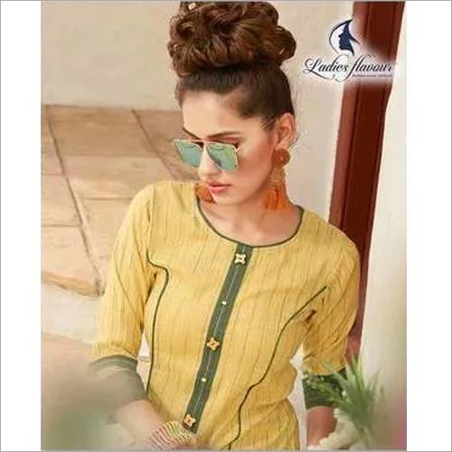 Anokhi Ladies Flavour Rayon Crape Pant Kurtis