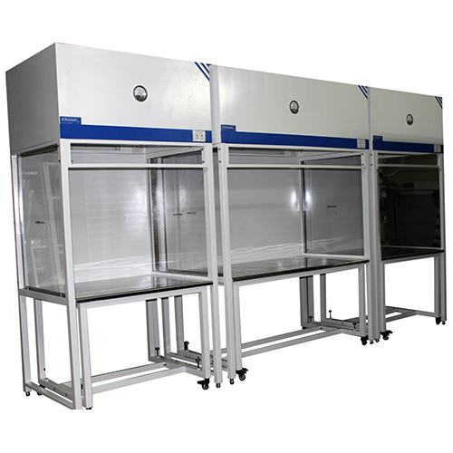 Laminar Airflow with Detachable Table