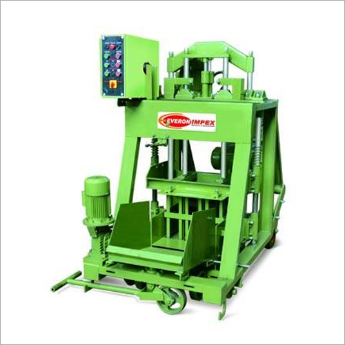 Hydraulic Pressure Solid Block Making Machine