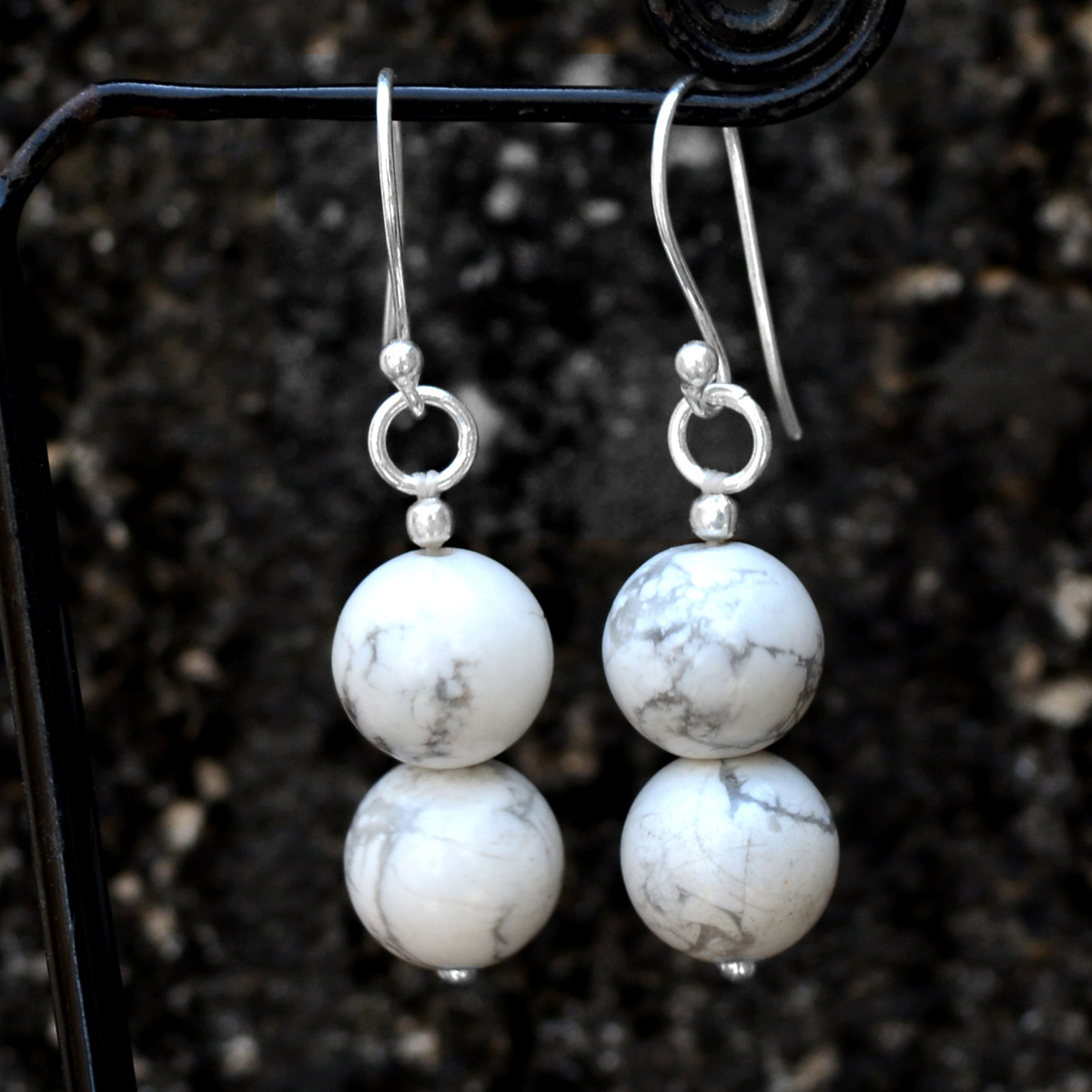 Howlite Gemstone Silver Earring PG-156389