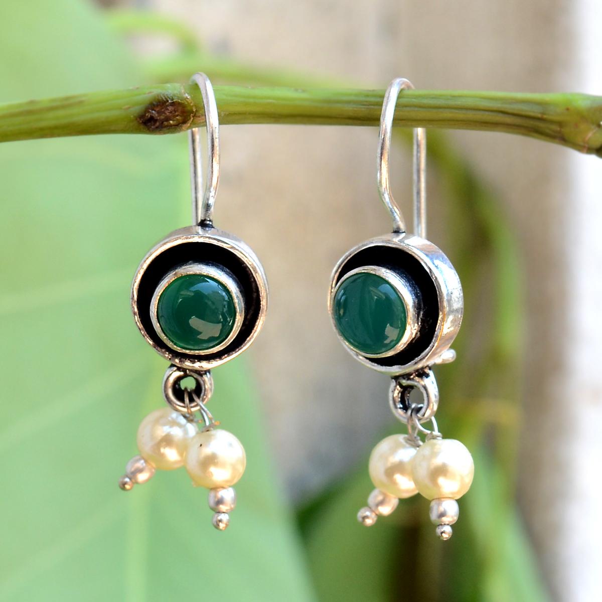 Green Onyx Silver Earring PG-156602