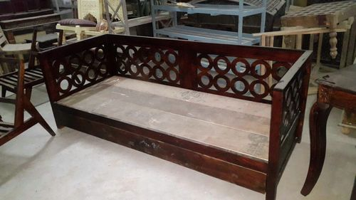 sofa cum bed with polishing