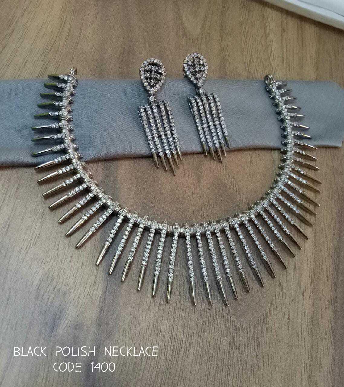 Neck wear