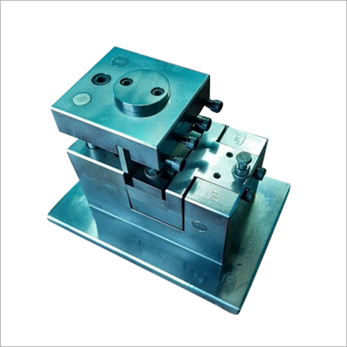 Chain Hammering Block