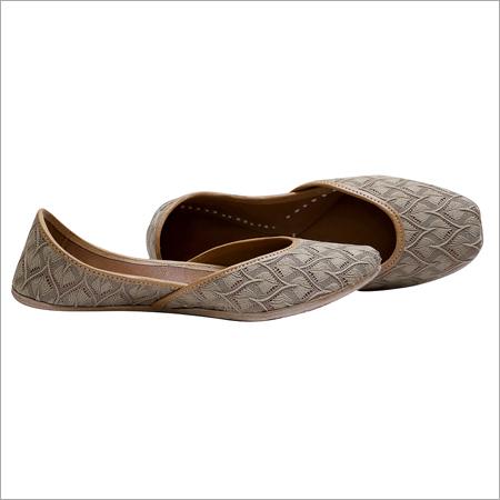 Brown Color Fabric Jutti
