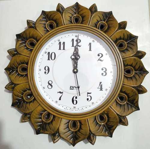 WOODEN ANTIQUE CLOCK