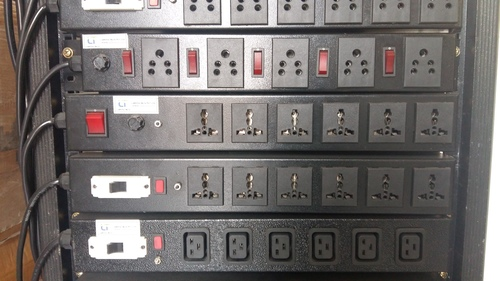 Power Distribution Unit with 6 X Intel Multi Pin 5A
