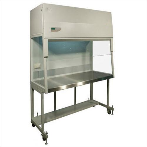 Vertical Laminar Air Flow Cabinet