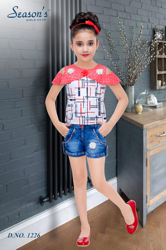 Smart Red Girls Hot Pant Set