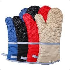 Kitchen Gloves / Oven Gloves