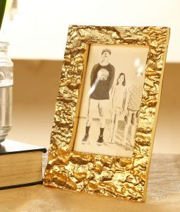 Aluminum Photo Frame with Gold Finish