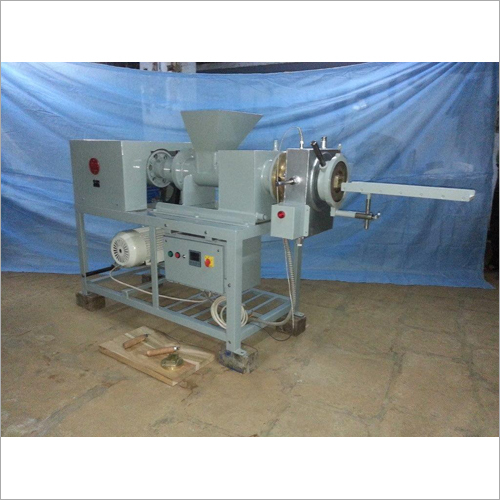 Soap Plodder Machine No. L-3A