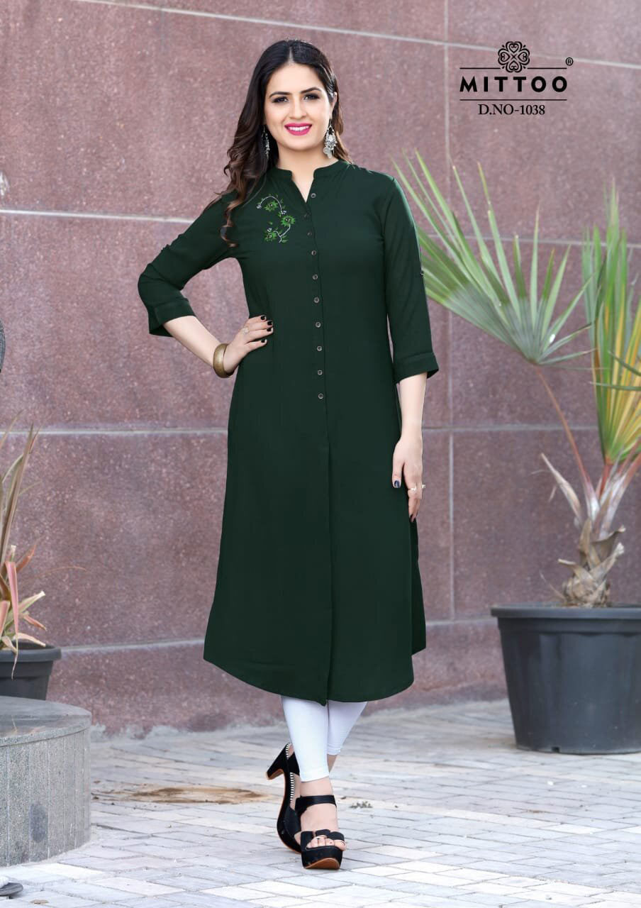 Fantatisc Mittoo Plain Straight Design Kurti