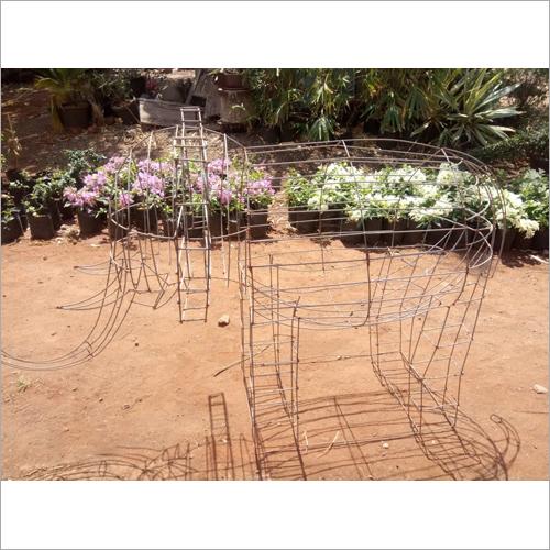 Metal Elephant Topiary