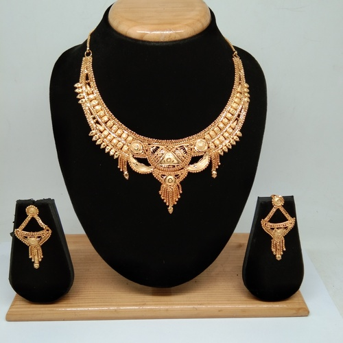 18k simple Design forming gold necklace set