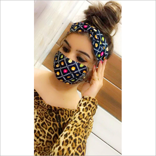 Printed Face Mask With Scarf