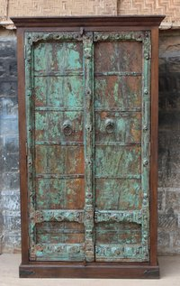 Old door almirah