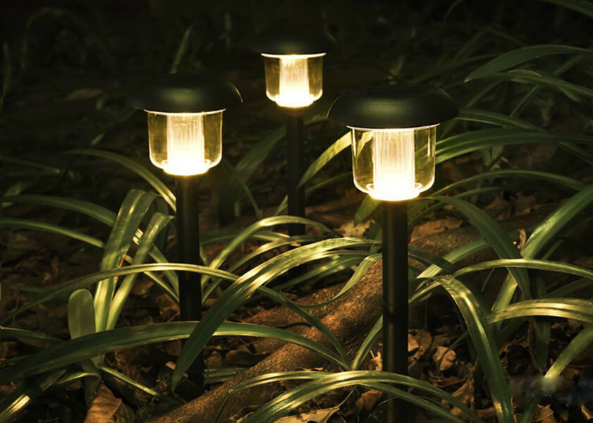 Solar Outdoor Path Lights (Warm white)