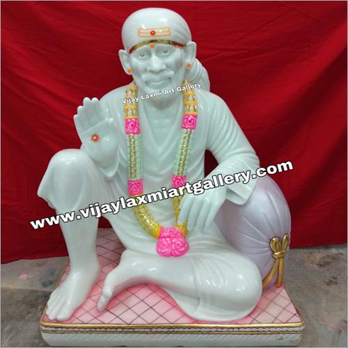 White Dwarkamai Sai Baba Statue