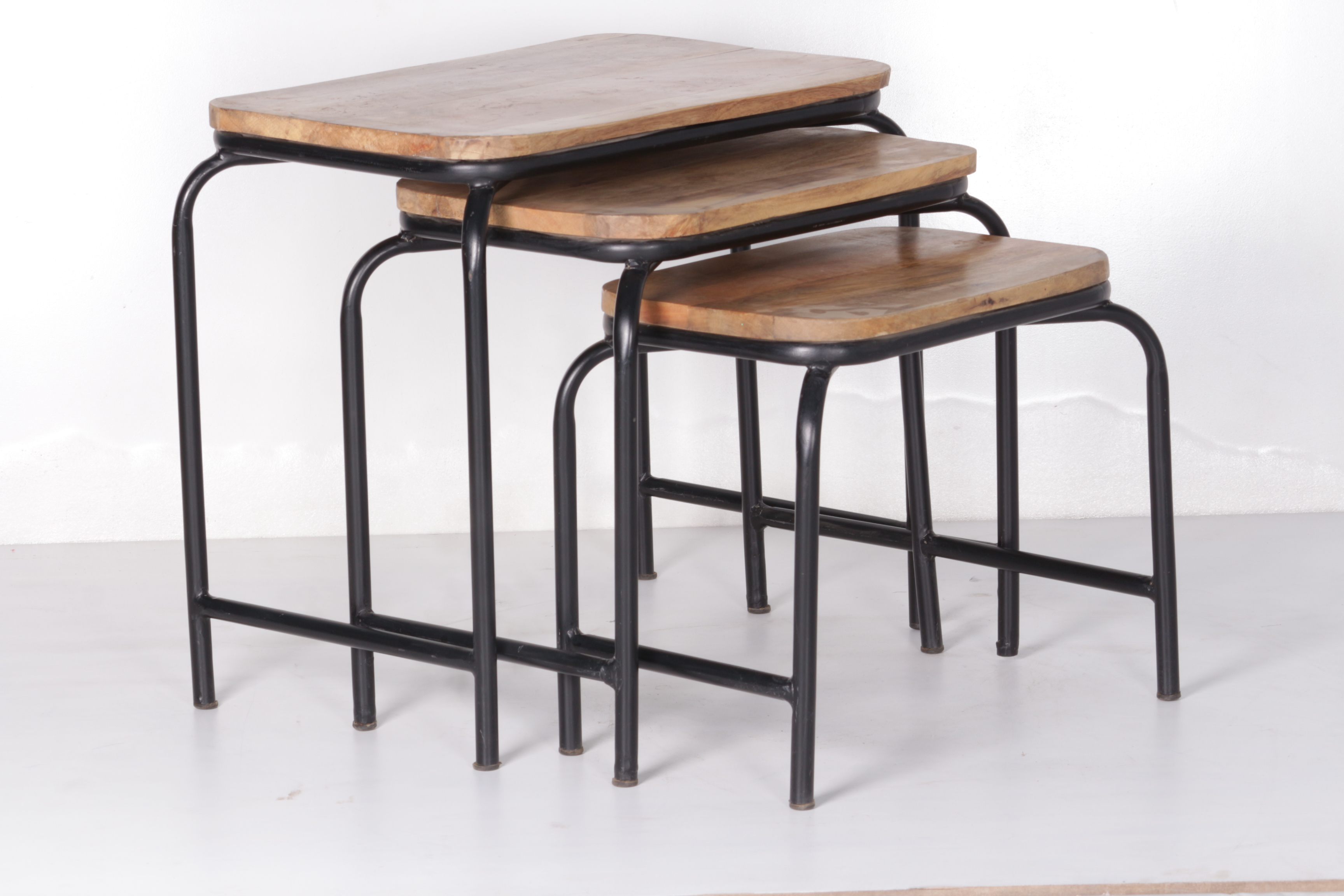 Nesting Table Set of 3