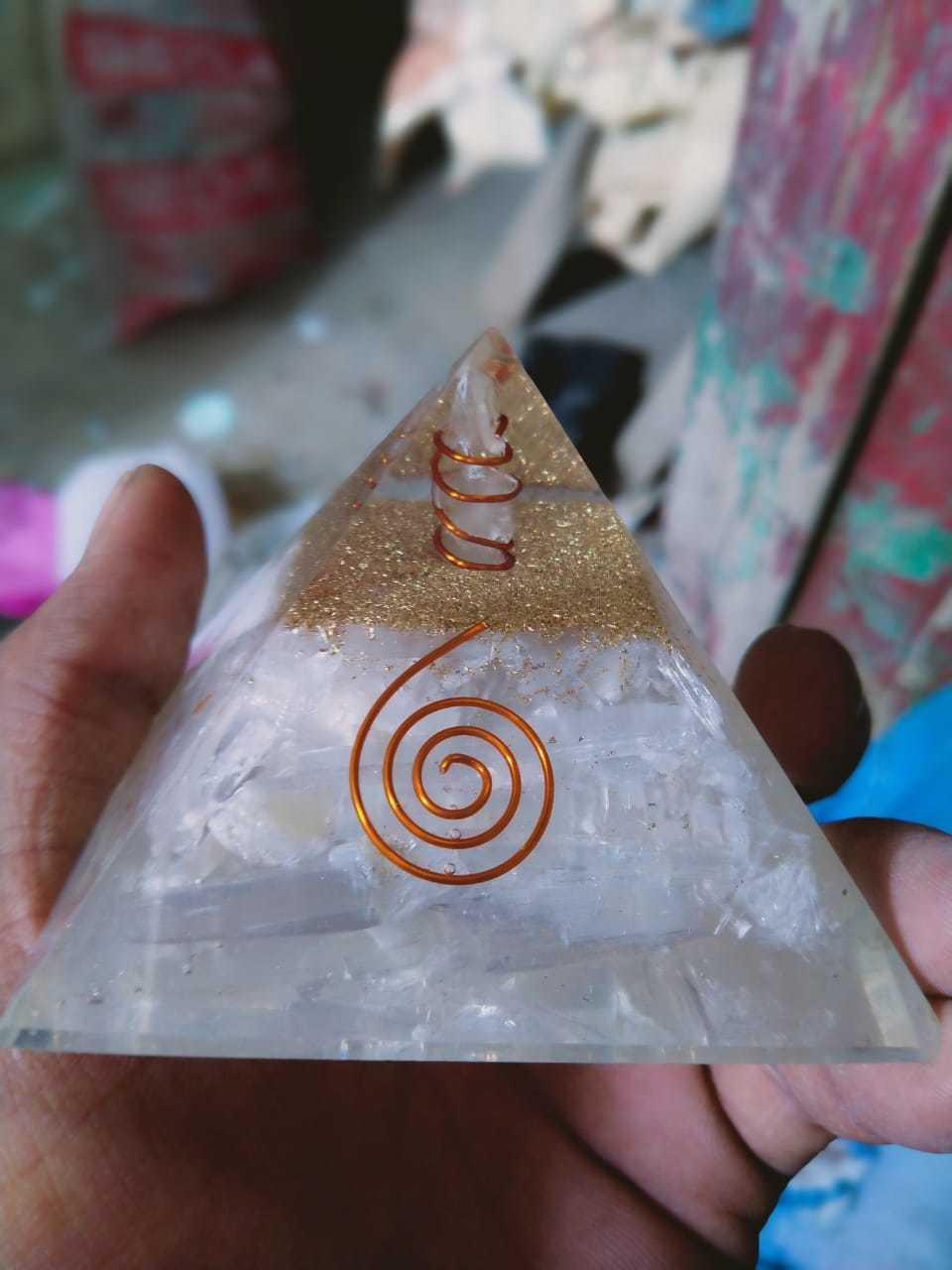 Pyramid [Chakra Items]