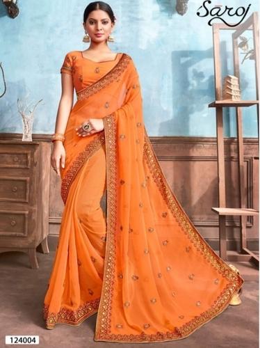 美丽的橙色薄绸的Saree