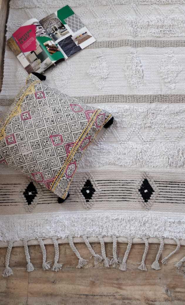 Beautiful Cotton Pile Rug