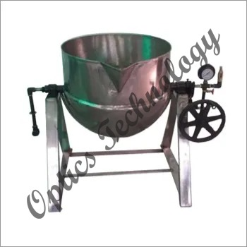 Steam Jacketed Kettle With Tilting Arrangements