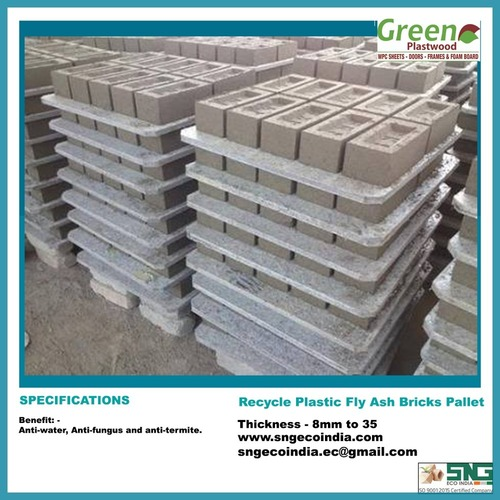 Plastic Bricks Pallet