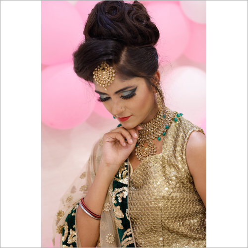 Simple Party Make up Services