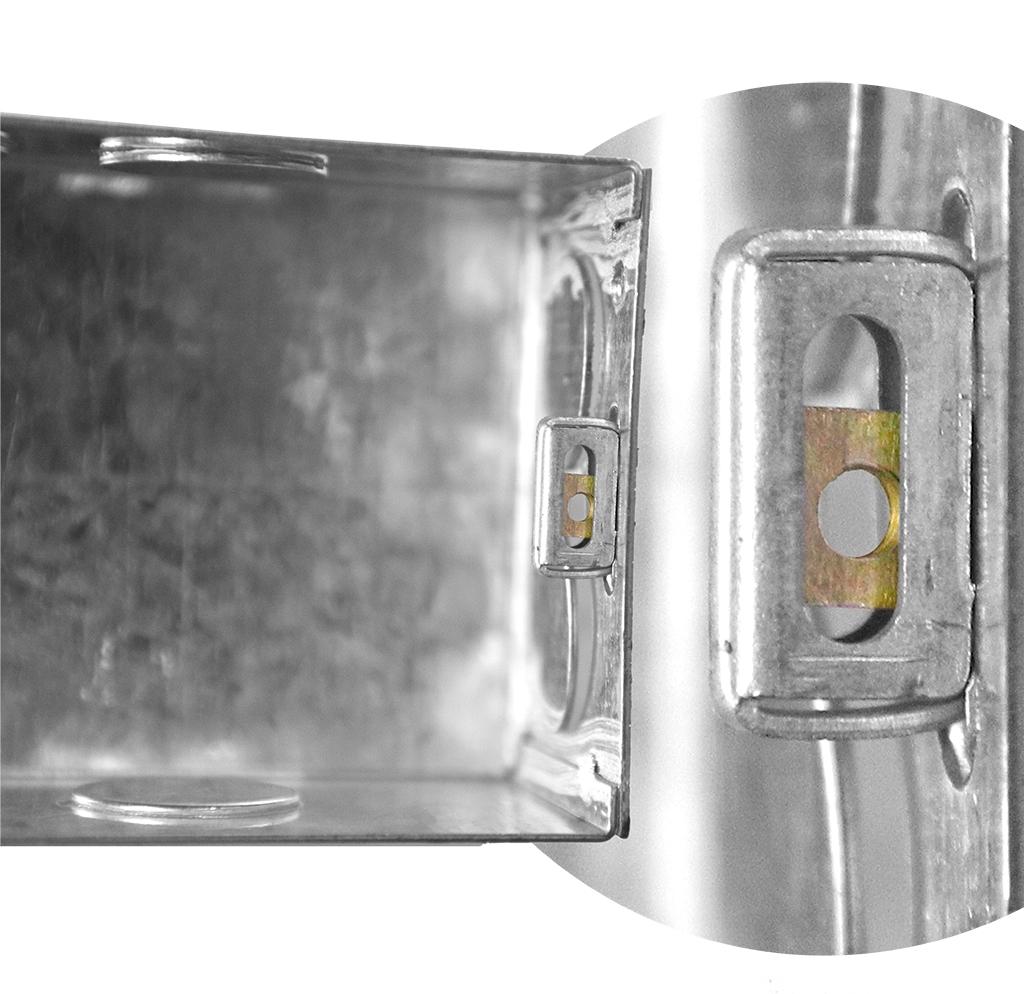 6 MODULE GI ELECTRICAL MODULAR BOX
