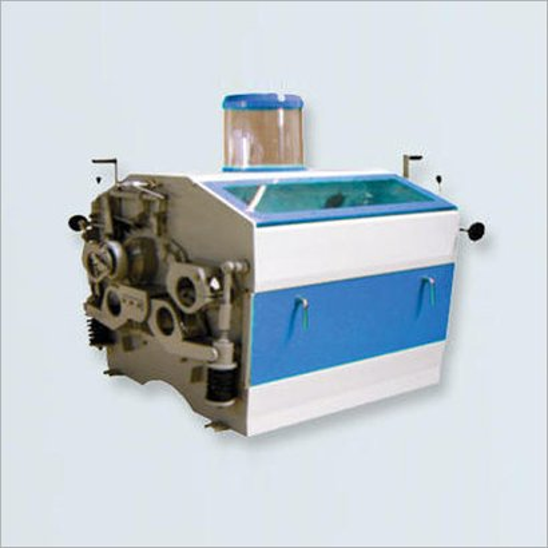 Semi-Automatic Roller Mill Machine