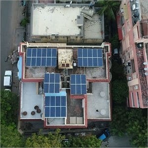 SunEdison Residential Hybrid 2-10 Kw POLY 330 Wp Rooftop Solar Panel System with 6 hours Battery Backup