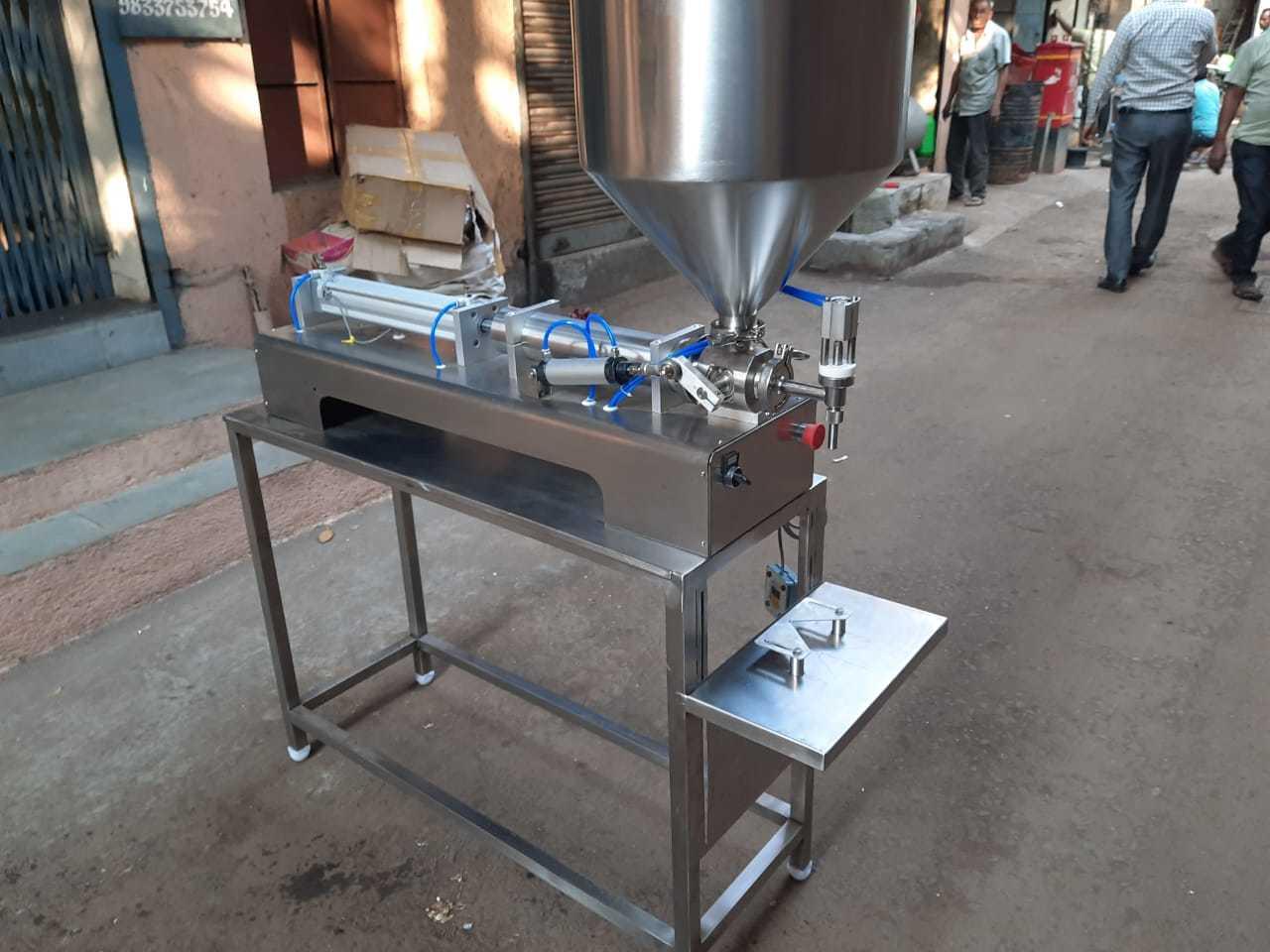 sanitiser filling machine