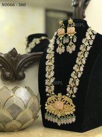 Classic Lion Design Kundan Necklace Set