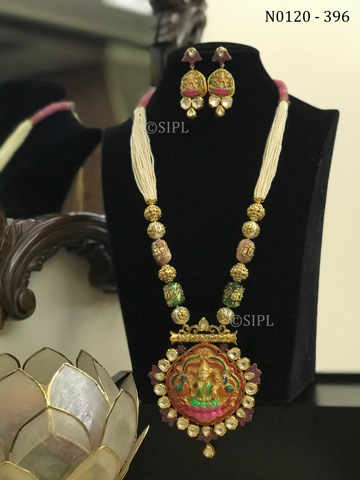 Beautiful Goddess Laxmi Necklace Set