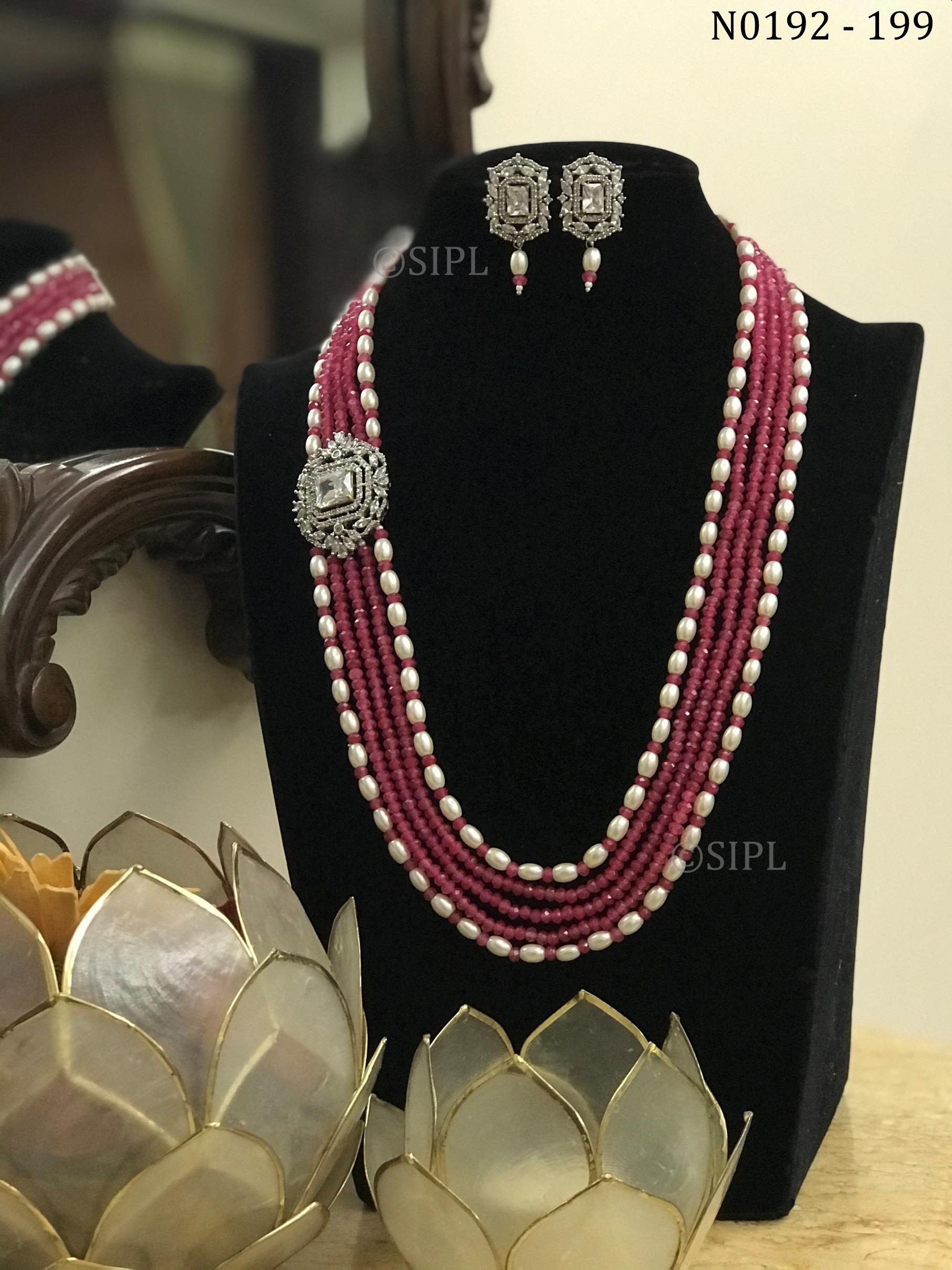 Classy Diamond Necklace Set