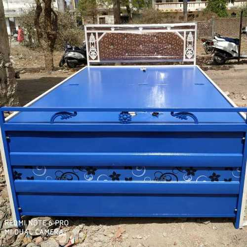 Folding Metal Bed with Box and cousin head Size 4.25×6.25 Feet