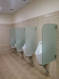Glass Urinal Partition - Straight