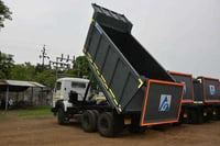 Tipper Body With Fitment
