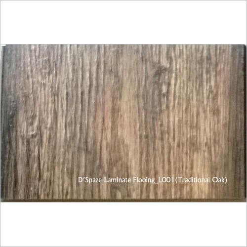 Traditional Oak Wood Laminate Flooring