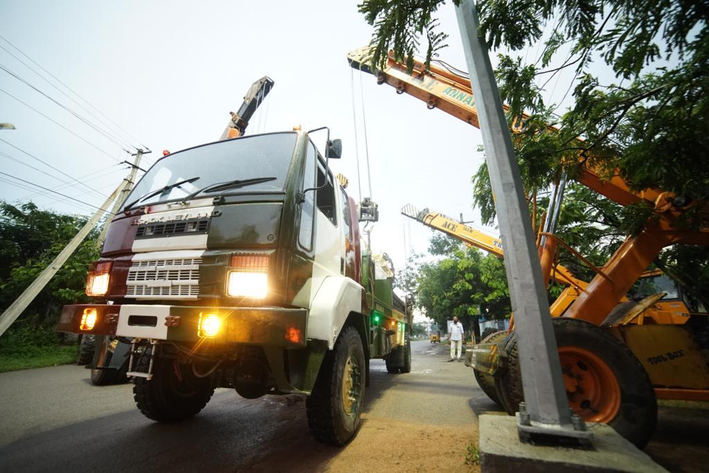 Super stallion truck mounted water well drilling rig