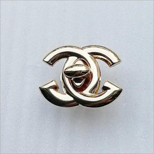 36*27mm Fashion Zinc Alloy Gold Alphabet Logo Hardware Twist Bag Lock for Bag Accessory HD246-19