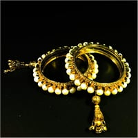 Pink and Off-White Golden-Plated Stone Studded and Beaded Handcrafted Bangle