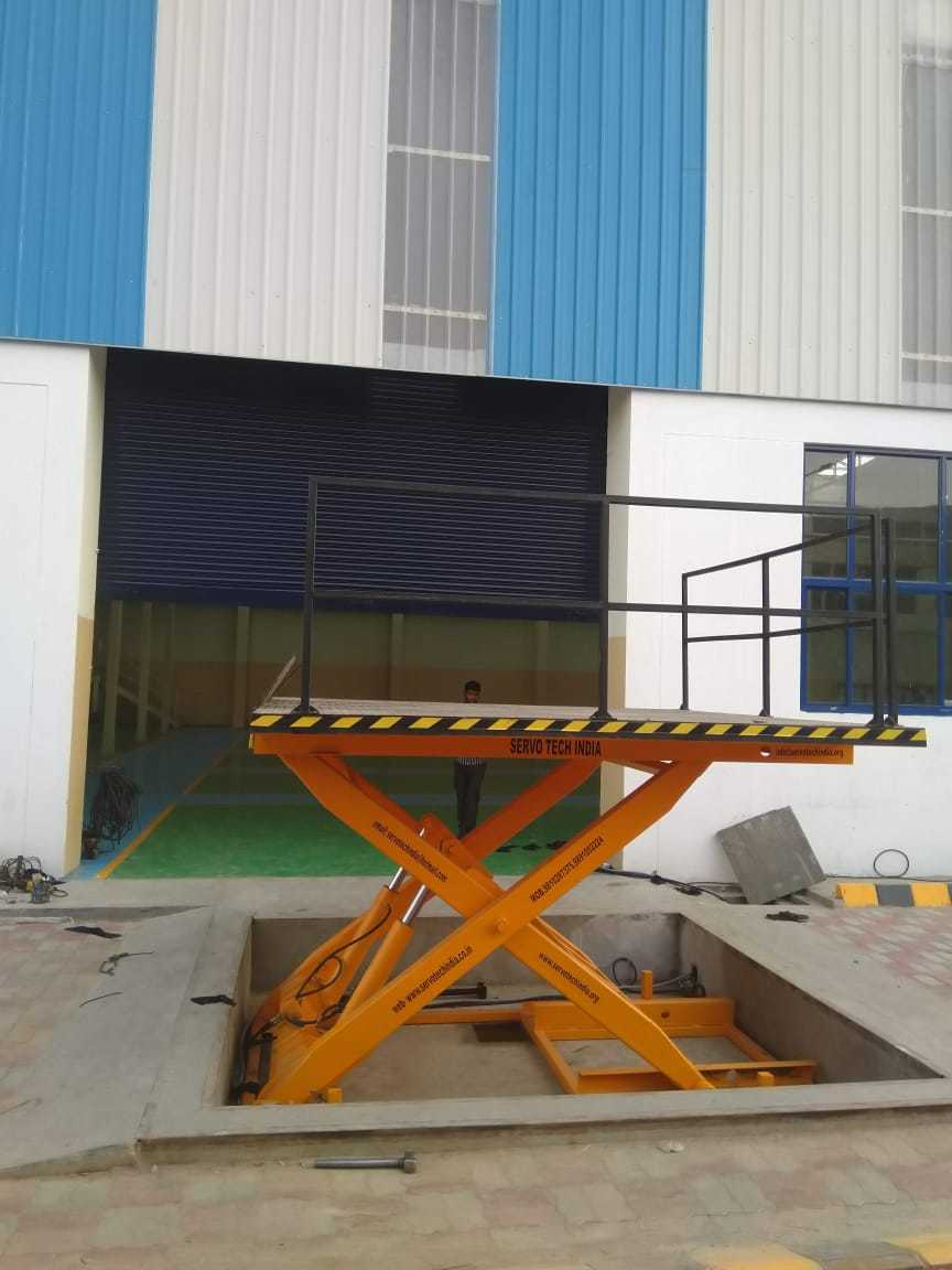 Power Scissor Lift