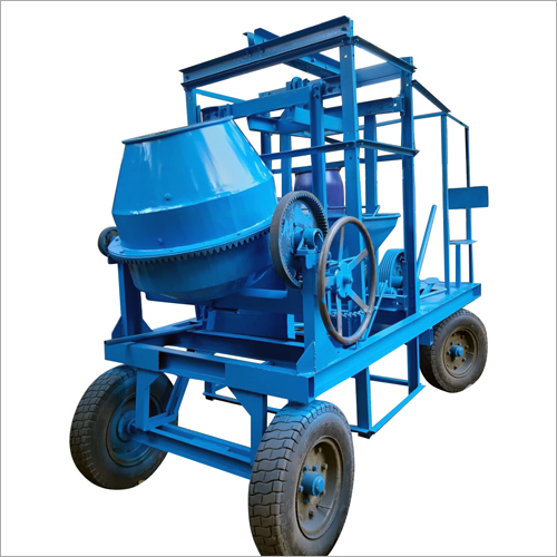 Four pillar concrete mixer with lift