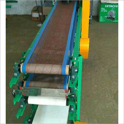 Chapati Cooling And Powdering Conveyor