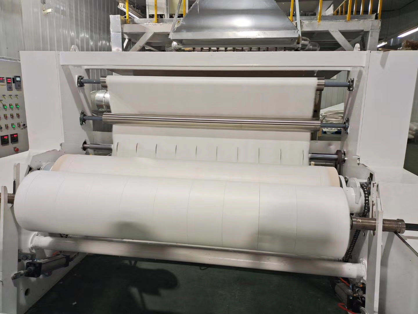 95% BFE meltblown nonwoven fabric for face cover production