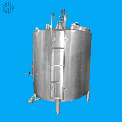 Vertical Bulk Milk Cooler